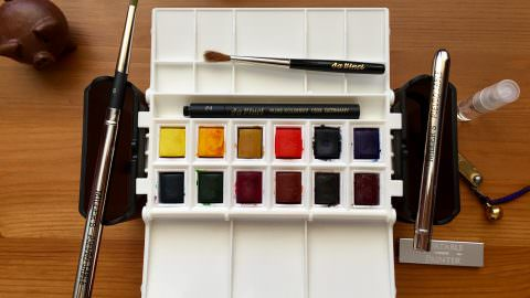 DOODLEWASH REVIEW: Portable Painter Travel Palette